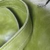 detail groene leren tas