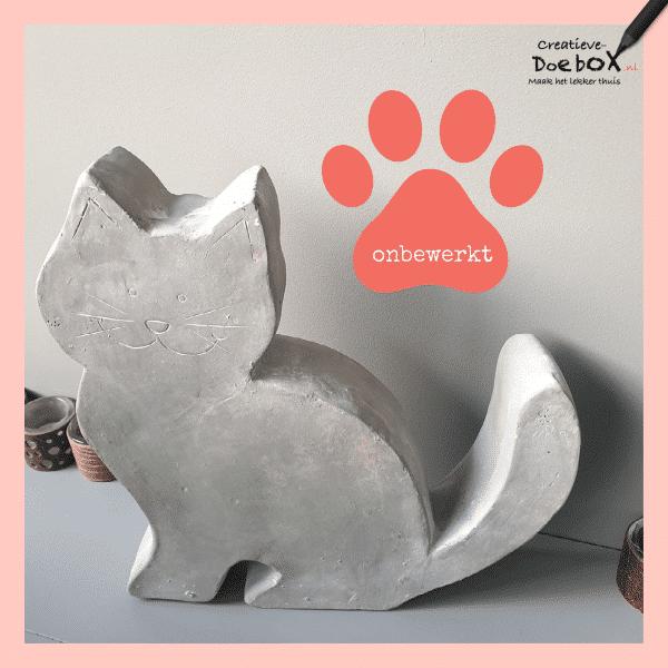 grote kat beschilderen van steen
